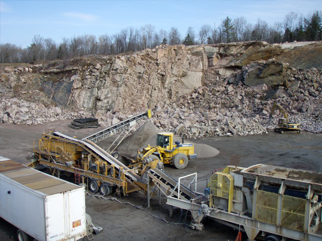 Machinery in a quarry